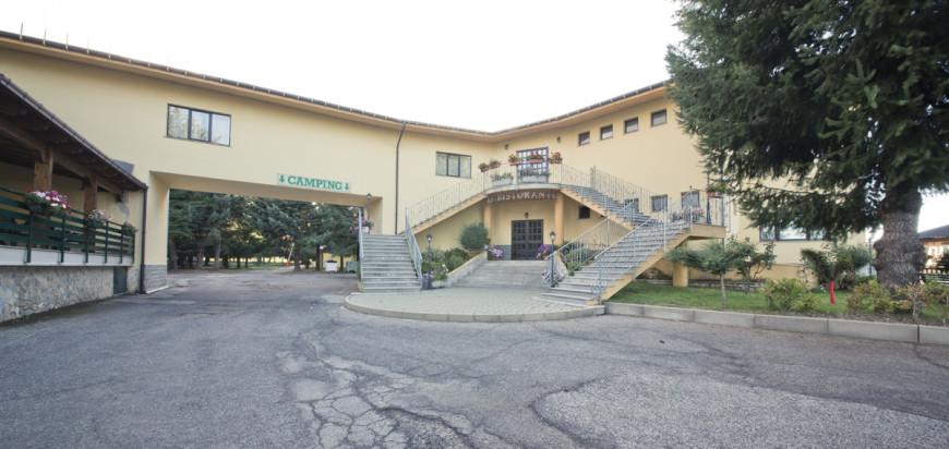 """Hotel """"La Fattoria"""""""